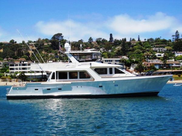 2005 Offshore Cockpit Motor Yacht