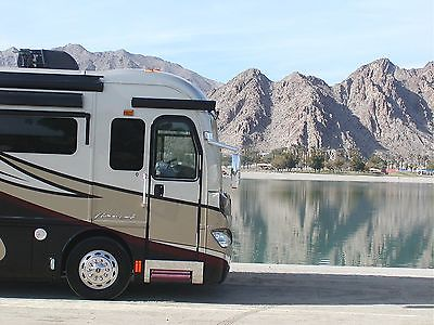 ** ESTATE SALE ** 2013 American Coach REVOLUTION 38 ** WARRANTY **