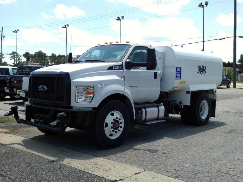 2016 Ford F750 Water Truck