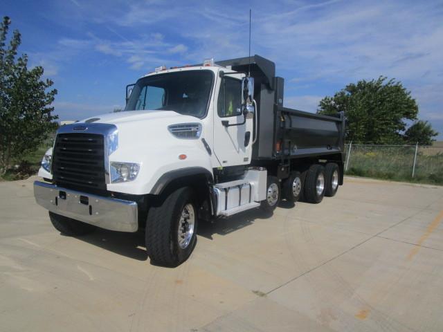 2012 Freightliner 114 Sd  Dump Truck