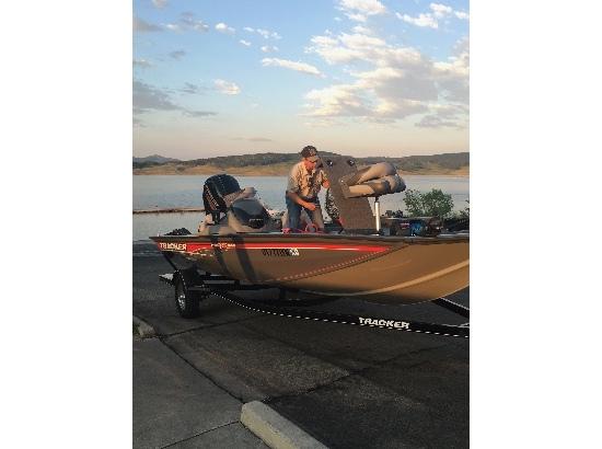 2016 Bass Tracker Tracker 195 TXW