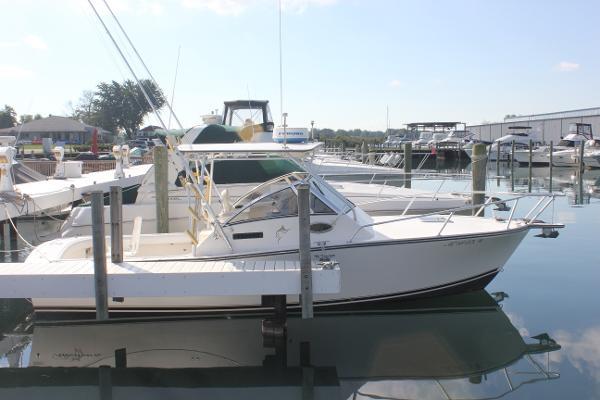 2000 Albemarle 280 Express Fisherman