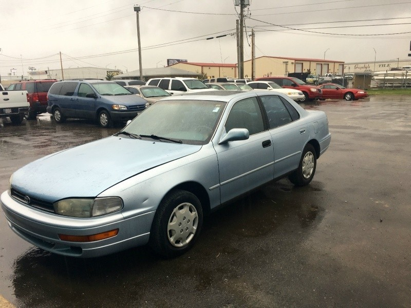 1992 Toyota Camry LE *CARFAX *Runs Great