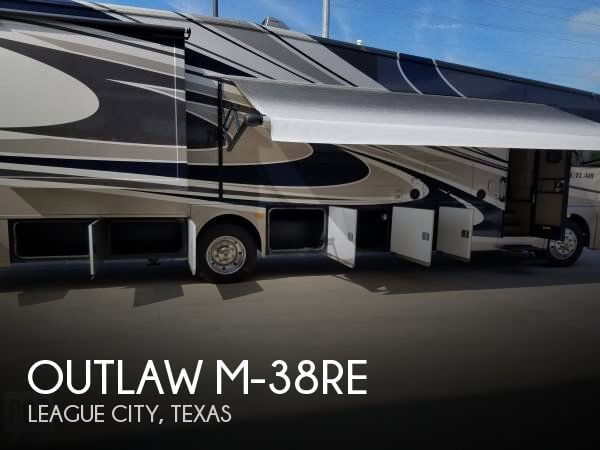 2015 Thor Motor Coach Outlaw M-38RE