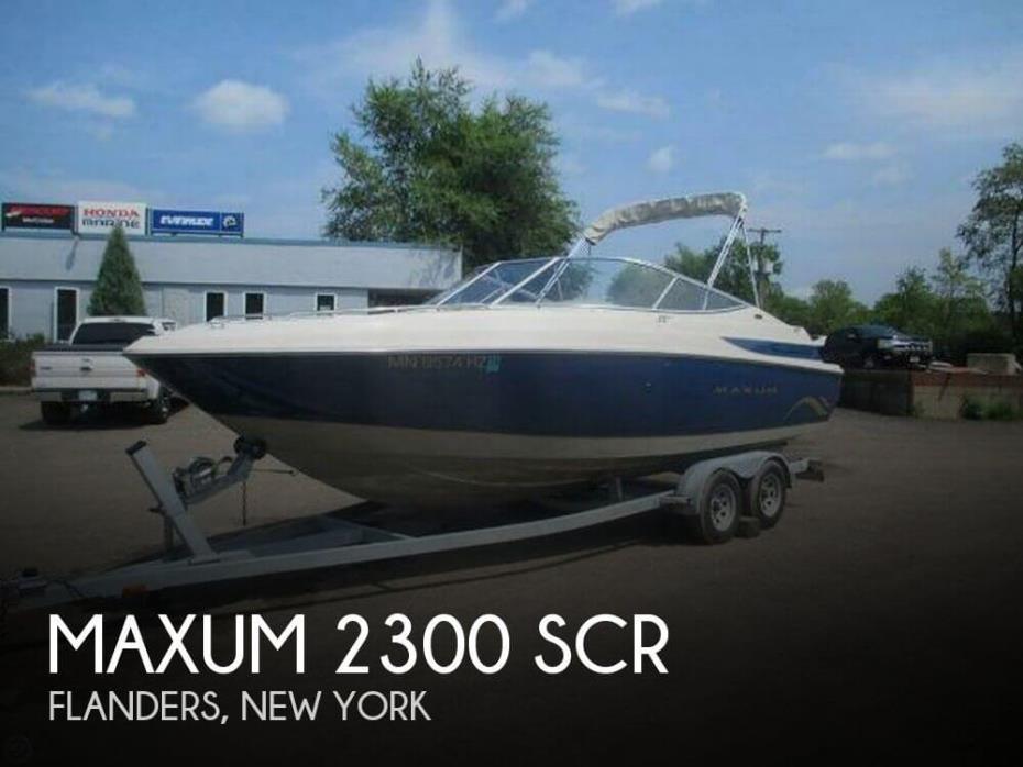 2001 Maxum 2300 SCR