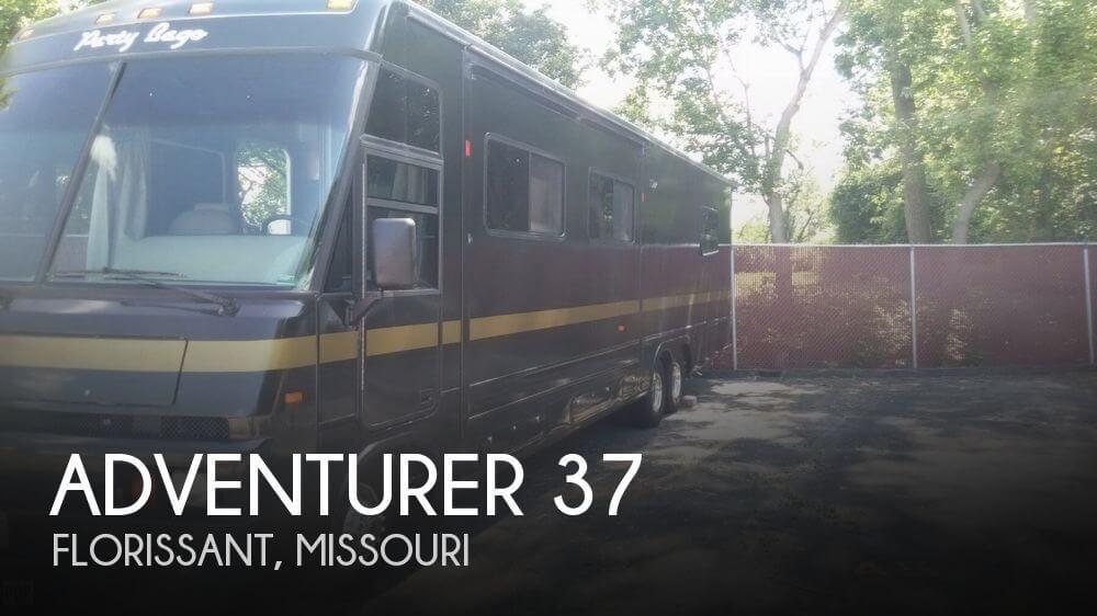 1996 Winnebago Adventurer 37