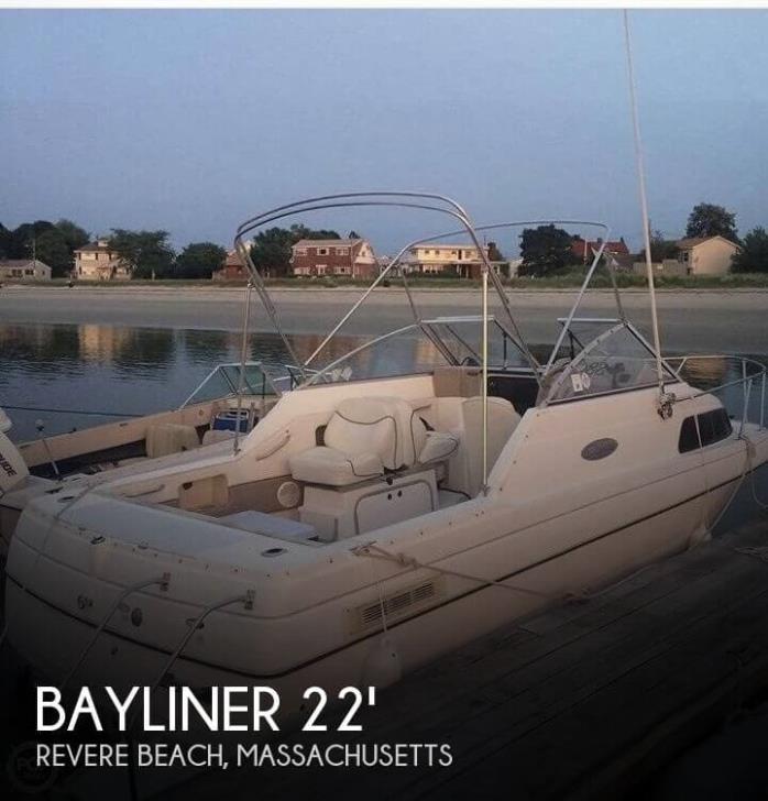 2001 Bayliner 2252 Ciera Express Cruiser