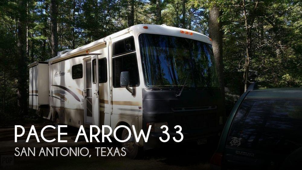 2000 Fleetwood Pace Arrow 33