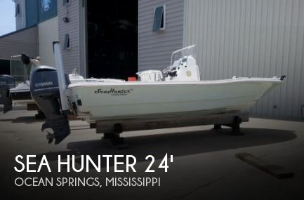 2012 Sea Hunter 24 Crossover