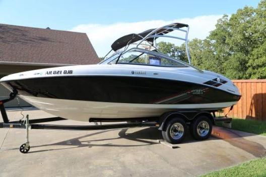 2009 Yamaha Boats AR 210