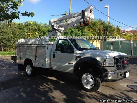 2006 Ford F550 42ft Altec AT37G Bucket Boom Truck – M101041