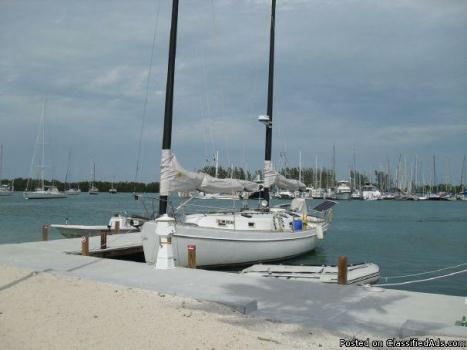 1982 Freedom Cat Ketch 33' - WEEKEND PRICE ONLY