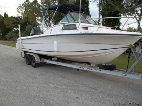22 FT ANGLER HORIZON WALKABOUT AND/OR 2006 CHEV AVALANCHE 2500