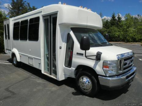 2010 Ford E450 Wheelchair Shuttle Bus (A4569)