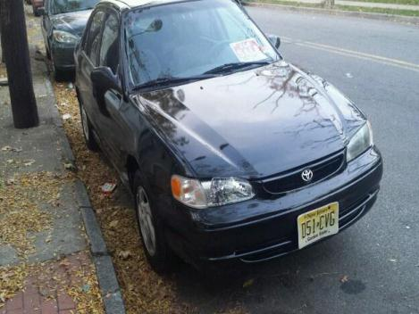 Toyota Corolla LE 1999
