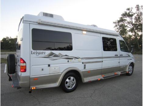 2005 Leisure Travel Free Spirit 210B