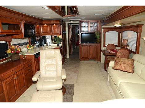 2015 Travel Supreme Envoy 40DS04