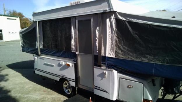 2007 FLEETWOOD CHEYENNE POP UP CAMPER