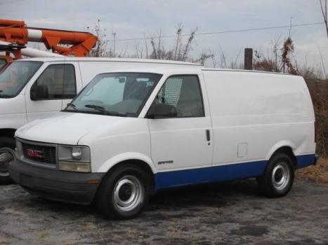 2000 GMC Safari Cargo Van