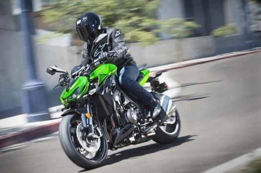 2015 Kawasaki ZR1000