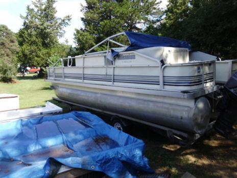 1998 Pontoon Boat for sale!