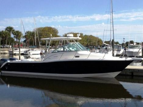 2002 Pursuit (Outstanding Condition!!)