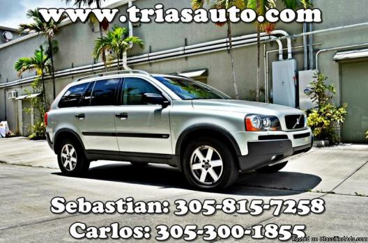 2004 Volvo XC90 - Leather, New Tires, New Towing System - We Finance! M