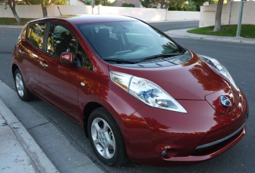 2013 Nissan LEAF SV Navigation, Bose, Surround View, Heated seats
