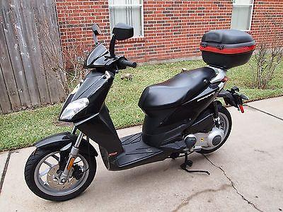 Aprilia : Sportcity 2009 aprilia 125 sportcity scooter