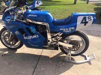 Suzuki : GSX-R 1991 suzuki gsxr 750 race bike