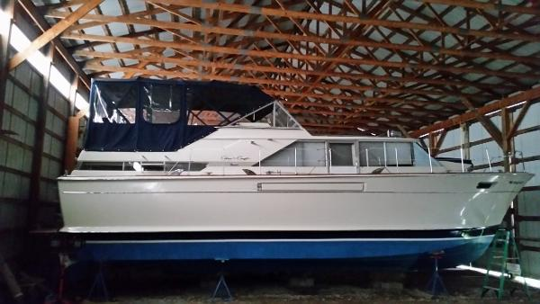 Chris commander boats for sale in traverse city michigan for Craft shows in traverse city mi