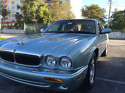 Jaguar : XJ8 Base Sedan 4-Door 2001 jaguar xj 8 base sedan 4 door 4.0 l