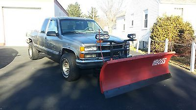 Chevrolet : C/K Pickup 2500 SILVERADO CHEVROLET EXTENDED CAB 4X4 PICKUP WITH LIKE NEW BOSS PLOW!