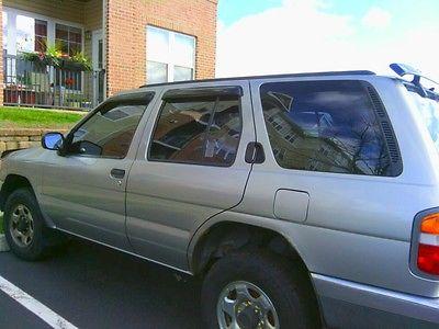 Nissan : Pathfinder LE Sport Utility 4-Door Silver 1998 Nissan Pathfinder LE SUV 4X4 4WD V6 3.3L Automatic...No Reserve!!!