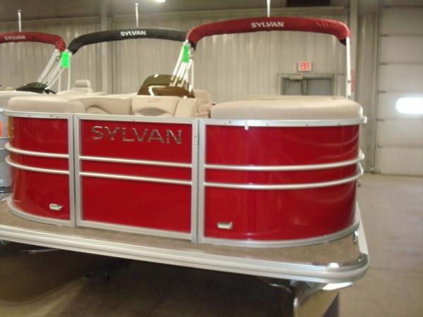 2015 Sylvan 8522 Mirage Cruise RE