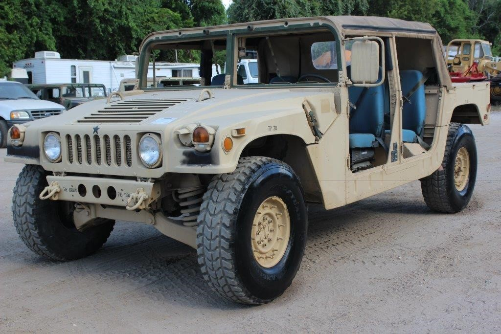 1990 Am General M998