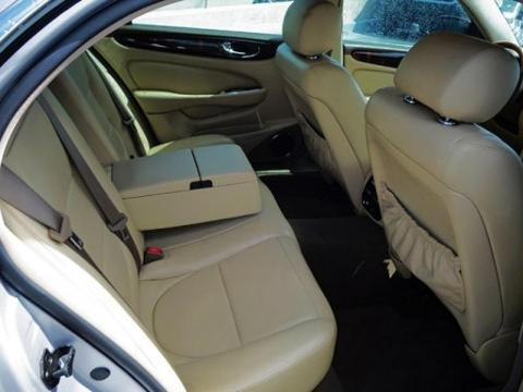 2005 JAGUAR XJ8L 4 DOOR SEDAN