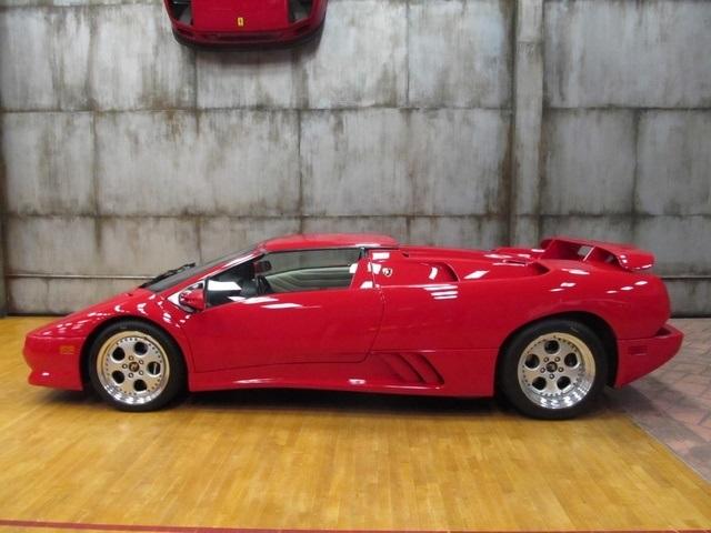 Lamborghini : Diablo VT ROADSTER 1997 lamborghini diablo vt roadster 4700 mi trades offers considered like new