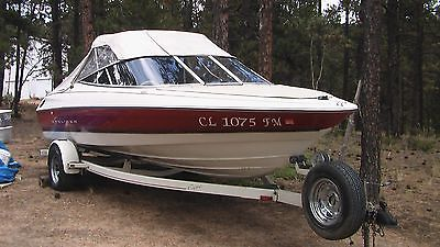1995 Bayliner Capri Powerboat w Trailer Great condition 40th Anniversary Model