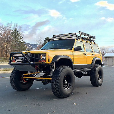 Jeep : Cherokee Up-Country LIFTED 2001 Jeep Cherokee XJ - 40K MILES! Sport Utility 4-Door 4.0L Clean BUILT