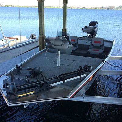 Bass Tracker Pro 165 With 40 Hp Mercury