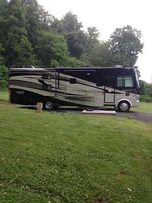2011 Tiffin Allegro 35 QBA Class A Motorhome LIKE NEW !!!