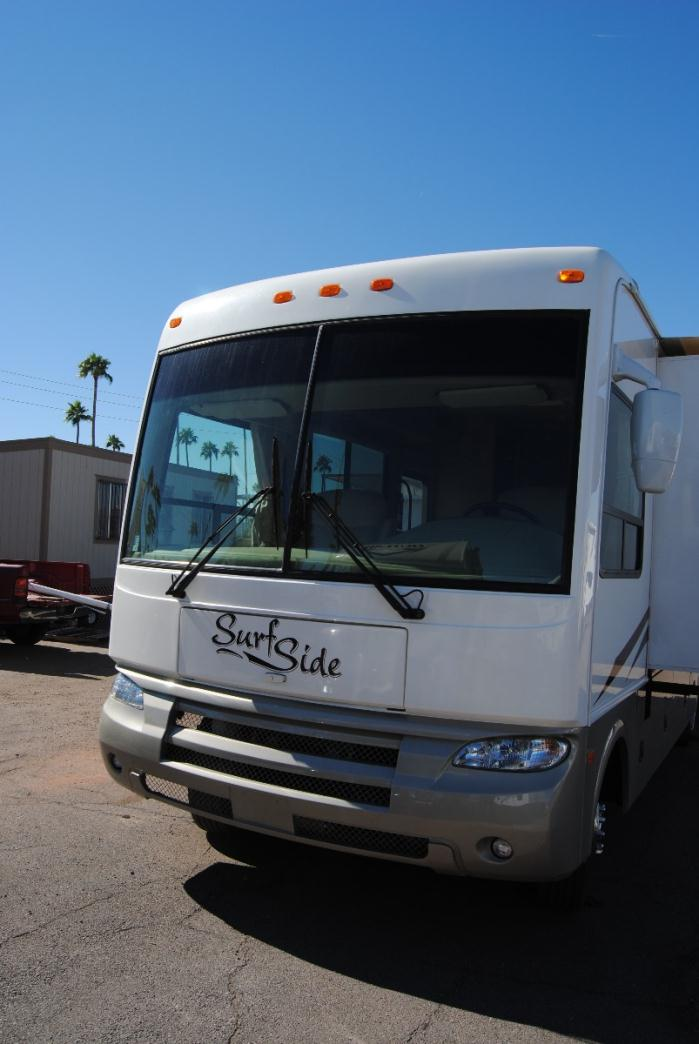 2003 National Dolphin 6320LX