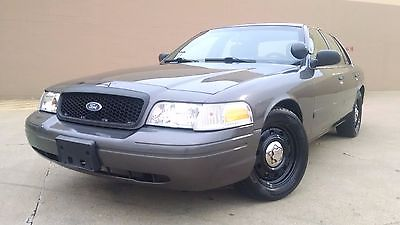 Ford Crown Victoria Police  Ford Crown Victoria Police Interceptor