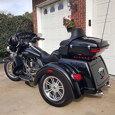 Harley-Davidson : Touring 2015 harley davidson tri glide ultra classic flhtcutg only 173 miles new bike