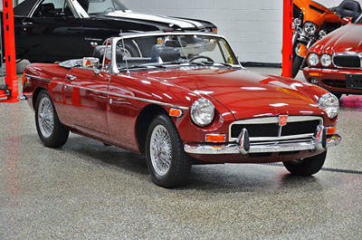 MG : MGB 1974 mgb mark iii rare chrome last year chrome bumper car take a good l k wow