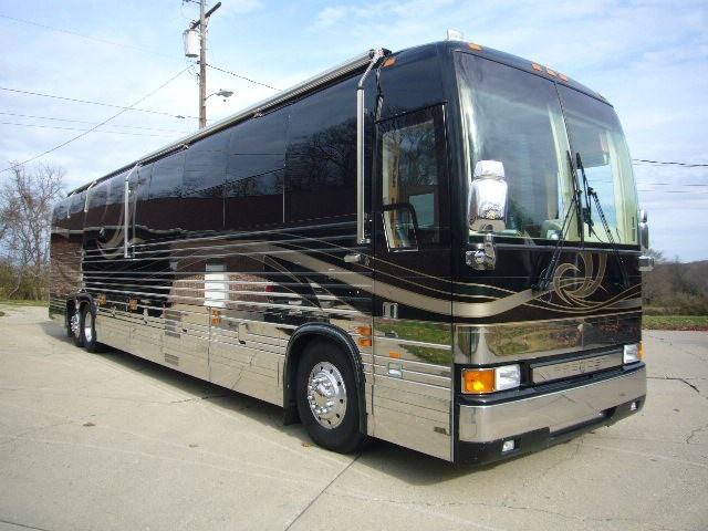 2008 Prevost Country Coach