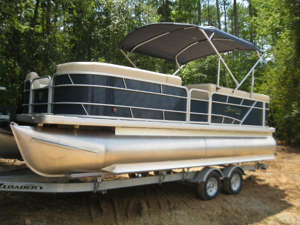 what to do with the space above my kitchen cabinets sweetwater pontoon boats for 2286