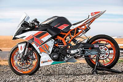 KTM : Other KTM RC390 2015 Arrow exhaust, Penske shock, Powerparts, Galfer brakes