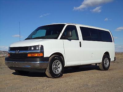 Chevrolet : Express Express 2010 chevrolet express g 1500 8 passenger awd van make offer